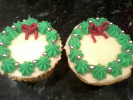 Holly Wreath Cupcakes