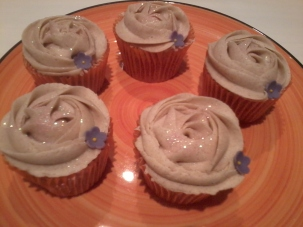 Mulled Wine Cupcakes With Cinnamon Frosting