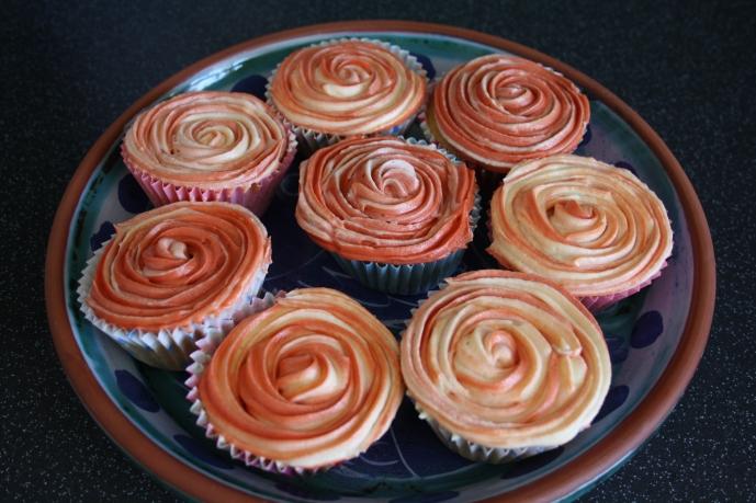 Dual Colour Rose Cupcakes