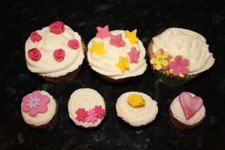 Lemon Cupcakes And Mini Cupcakes With Various Sugarcraft Designs