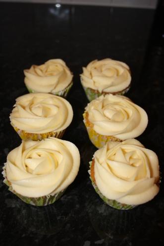 White Rose Cupcakes